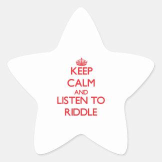 Guarde la calma y escuche la criba calcomanía forma de estrella personalizada