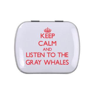 Guarde la calma y escuche las ballenas grises frascos de caramelos