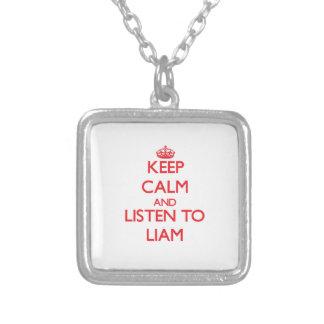 Guarde la calma y escuche Liam Joyerias Personalizadas