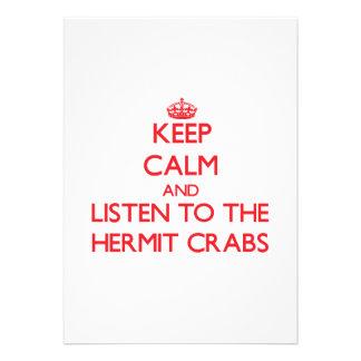 Guarde la calma y escuche los cangrejos de ermitañ invitaciones personalizada