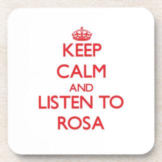 Guarde la calma y escuche Rosa Posavasos De Bebidas