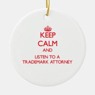 Guarde la calma y escuche un abogado de la marca adorno navideño redondo de cerámica