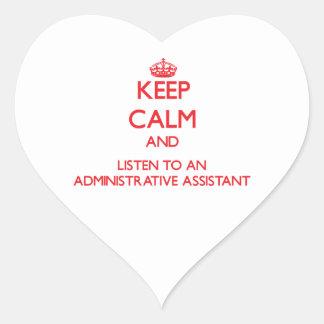 Guarde la calma y escuche un Assistan administrati Pegatinas De Corazon Personalizadas