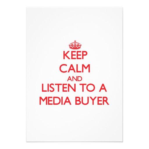 Guarde la calma y escuche un comprador de los medi invitacion personal