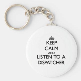 Guarde la calma y escuche un despachador llavero redondo tipo pin