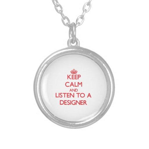 Guarde la calma y escuche un diseñador colgante redondo