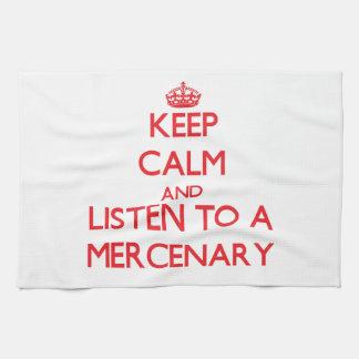 Guarde la calma y escuche un mercenario toalla de cocina