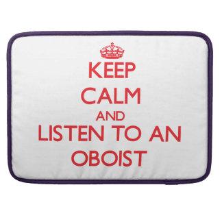 Guarde la calma y escuche un oboe funda macbook pro