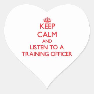 Guarde la calma y escuche un oficial del entrenami pegatina de corazón personalizadas