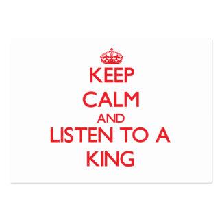 Guarde la calma y escuche un rey tarjeta de visita