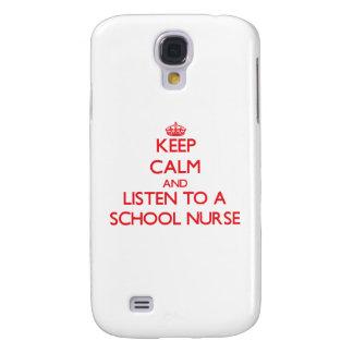 Guarde la calma y escuche una enfermera de la escu