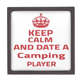 Guarde la calma y feche a un jugador que acampa caja de regalo de calidad