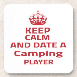 Guarde la calma y feche a un jugador que acampa posavaso