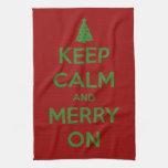 Guarde la calma y feliz en rojo y verde toalla de cocina