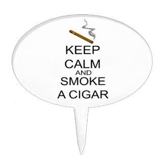 Guarde la calma y fume un cigarro figuras de tarta
