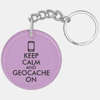 Guarde la calma y Geocache en el personalizado de Llavero Redondo Acrílico A Doble Cara
