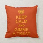 Guarde la calma y Gimme una almohada del personali