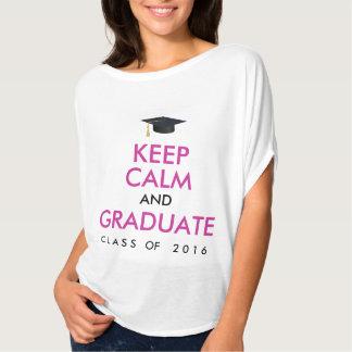 Guarde la calma y gradúe 2016 rosados/la playeras