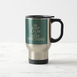 Guarde la calma y guarde el coser (todos los taza de viaje de acero inoxidable