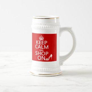 Guarde la calma y haga compras encendido - todos l taza de café