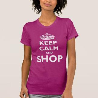Guarde la calma y haga compras camisetas