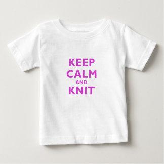 Guarde la calma y haga punto camisas