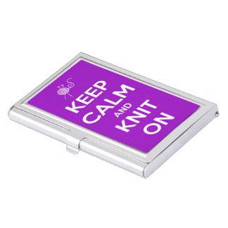 Guarde la calma y haga punto en fucsia cajas de tarjetas de presentación