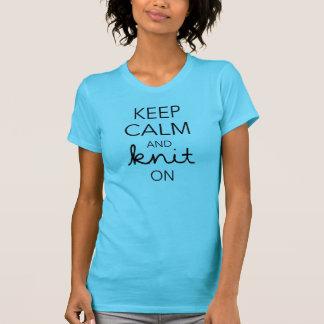 Guarde la calma y haga punto encendido camisas