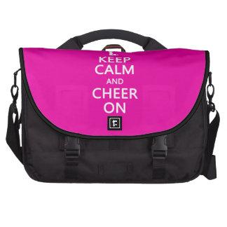 Guarde la calma y la alegría encendido rosa de la bolsas para portatil