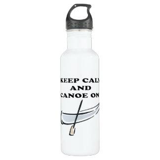 Guarde la calma y la canoa encendido