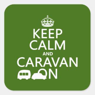 Guarde la calma y la caravana en (los colores calcomanías cuadradass