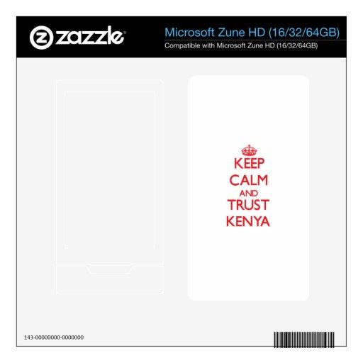 Guarde la calma y la CONFIANZA Kenia Calcomanías Para El Zune HD