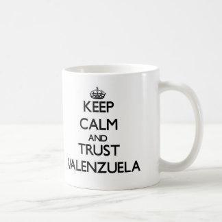 Guarde la calma y la confianza Valenzuela Tazas
