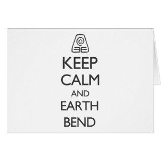 Guarde la calma y la curva de la tierra tarjeta de felicitación