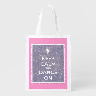 Guarde la calma y la danza en las estrellas del bolsas de la compra