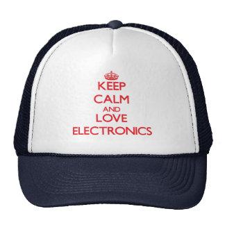 Guarde la calma y la electrónica del amor gorros bordados