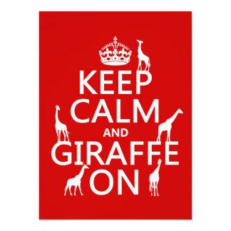 """Guarde la calma y la jirafa en (los colores del invitación 5.5"""" x 7.5"""""""