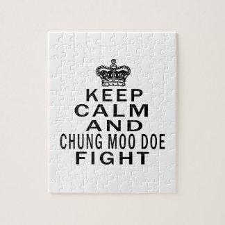 Guarde la calma y la lucha de la gama del MOO de Rompecabeza