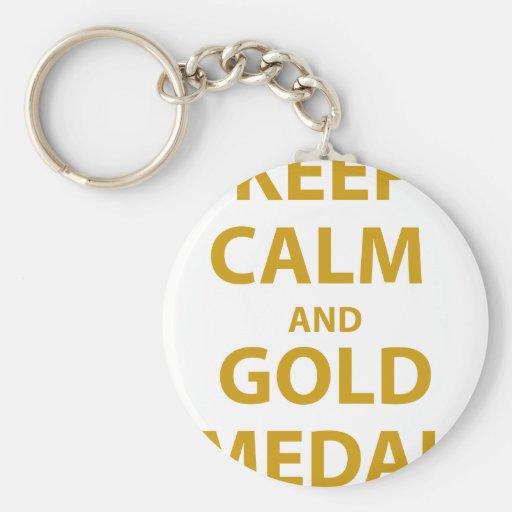 Guarde la calma y la medalla de oro llavero redondo tipo pin