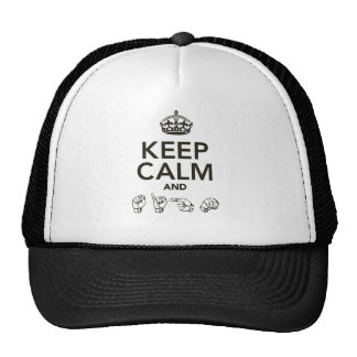 Guarde la calma y la muestra gorra