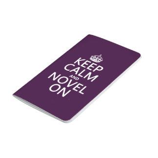 Guarde la calma y la novela encendido cuaderno grapado