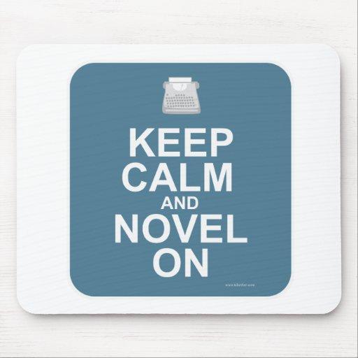 ¡Guarde la calma y la novela encendido! Tapete De Raton