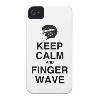¡GUARDE LA CALMA Y LA ONDA DE DEDO Case-Mate iPhone 4 COBERTURAS