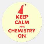 Guarde la calma y la química en los regalos pegatina