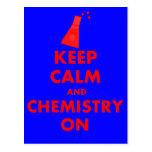 Guarde la calma y la química en los regalos postal