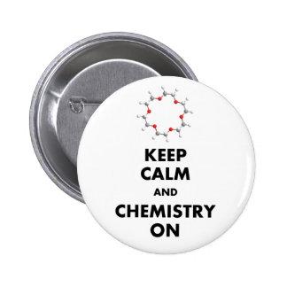 Guarde la calma y la química encendido pin redondo de 2 pulgadas