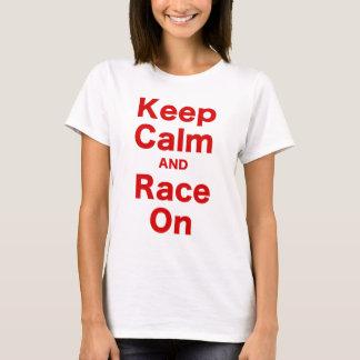 Guarde la calma y la raza encendido playera