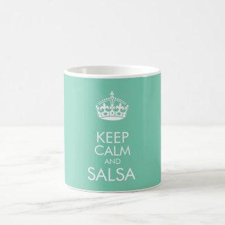 Guarde la calma y la salsa - cambie el color de taza clásica