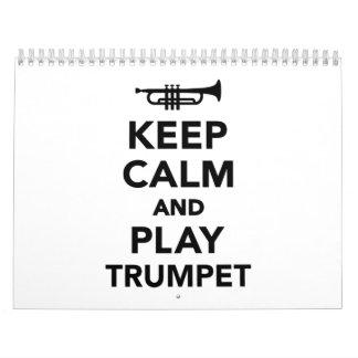Guarde la calma y la trompeta del juego calendarios
