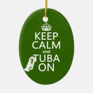 Guarde la calma y la tuba en (cualquier color de f ornaments para arbol de navidad